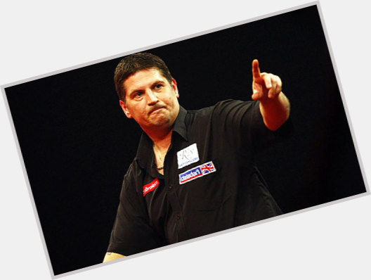 """<a href=""""/hot-men/gary-anderson/where-dating-news-photos"""">Gary Anderson</a>"""