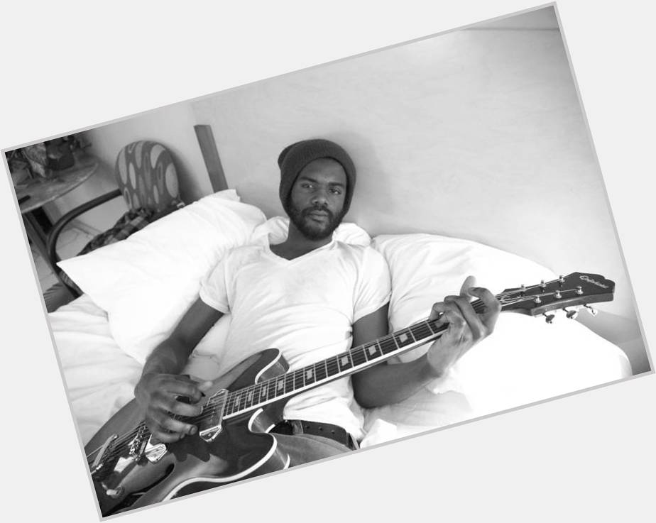 "<a href=""/hot-men/gary-clark-jr/is-he-good-live-married-overrated-related-redskins"">Gary Clark Jr</a> Athletic body,  black hair & hairstyles"