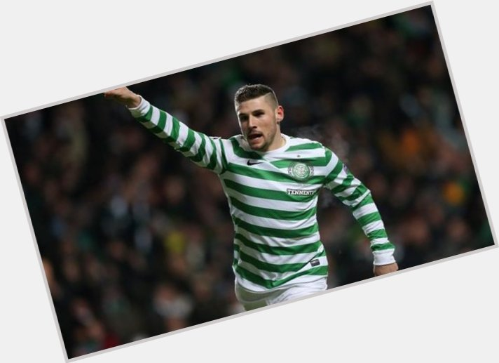 Gary Hooper dark brown hair & hairstyles Athletic body,