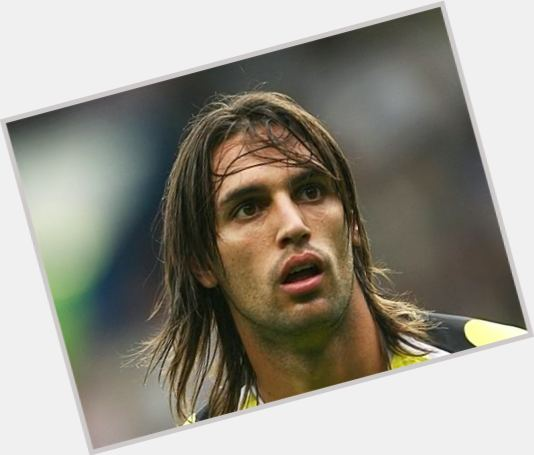 Georgios Samaras dark brown hair & hairstyles Athletic body,