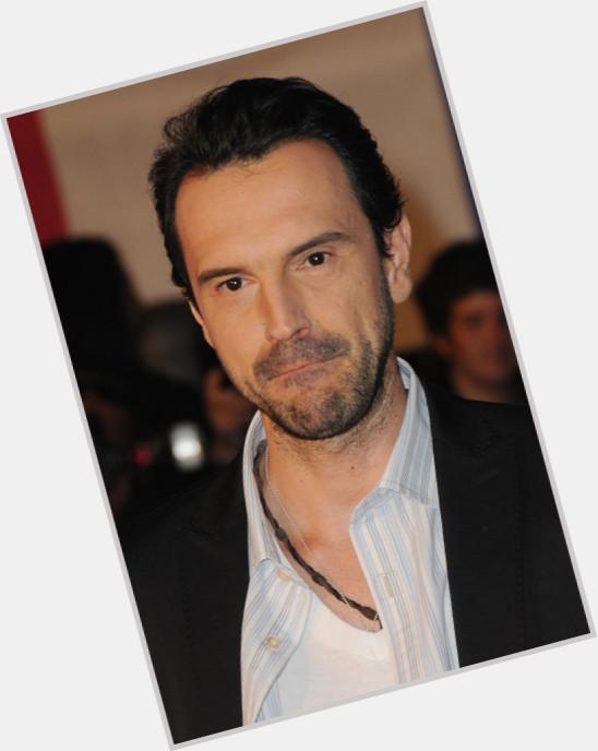 """<a href=""""/hot-men/gerald-de-palmas/where-dating-news-photos"""">Gerald De Palmas</a>"""