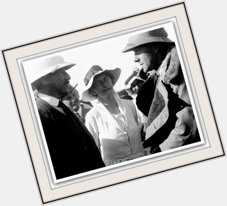 Gertrude Bell body 8.jpg