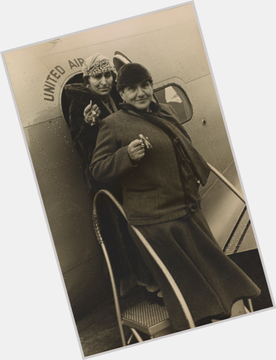 Gertrude Stein hairstyle 3.jpg