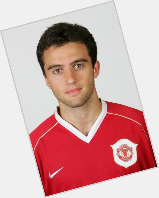 Giuseppe Rossi dark brown hair & hairstyles Athletic body,