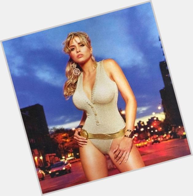 Gloria Gucci Beautiful Anal 80