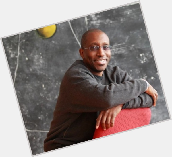 "<a href=""/hot-men/greg-phillinganes/where-dating-news-photos"">Greg Phillinganes</a>"