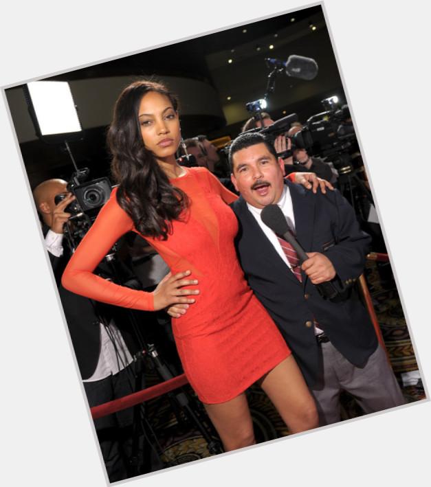 "<a href=""/hot-men/guillermo-rodriguez/where-dating-news-photos"">Guillermo Rodriguez</a>"