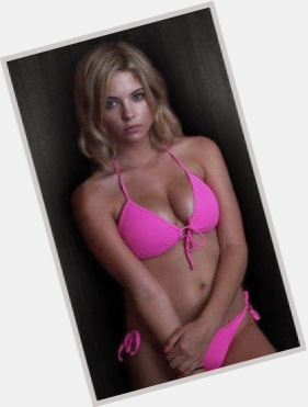 "<a href=""/hot-women/hanna-marin/where-dating-news-photos"">Hanna Marin</a> Slim body,  blonde hair & hairstyles"