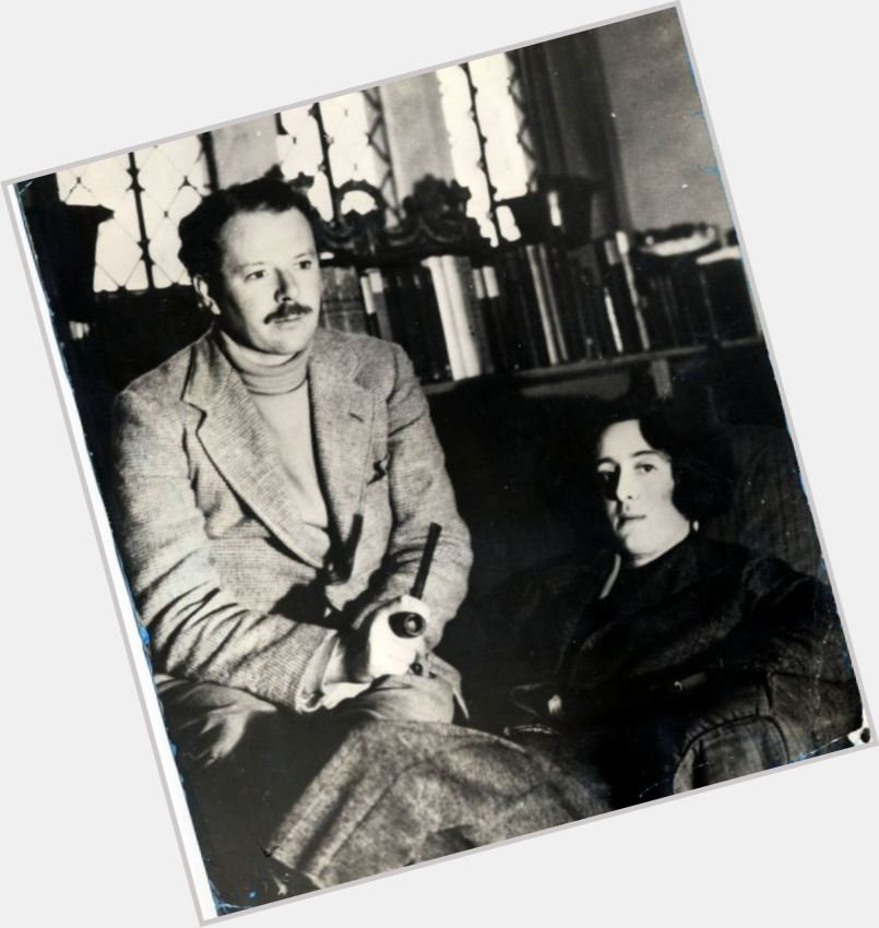 Harold Nicolson marriage 3.jpg