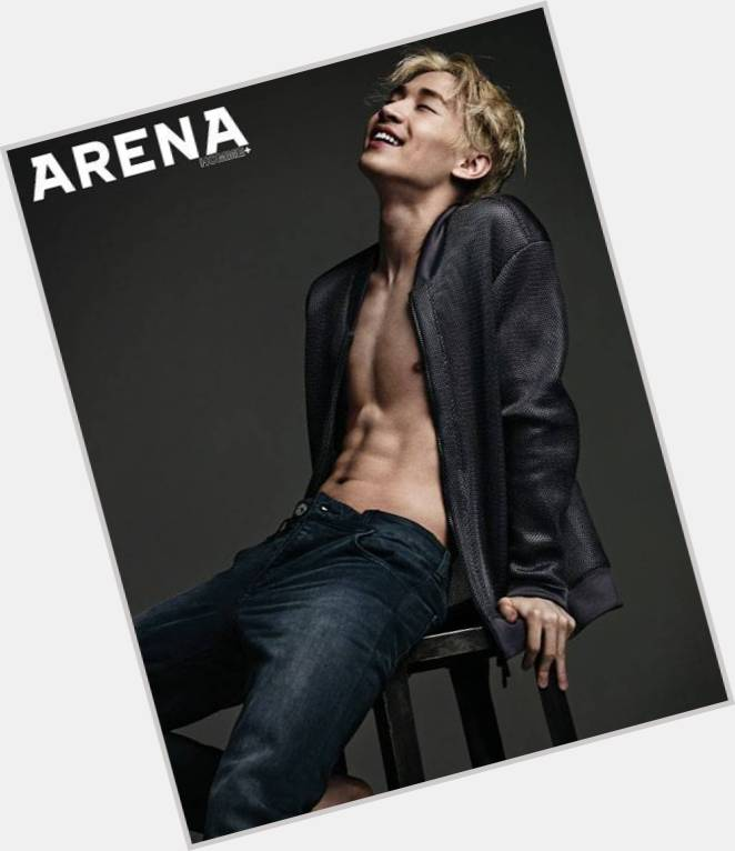 Henry Lau sexy 3
