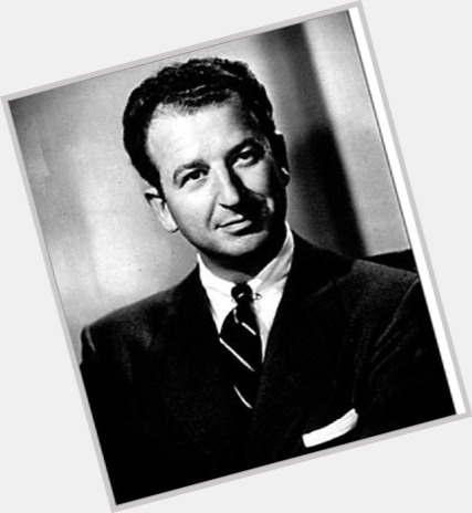 "<a href=""/hot-men/herb-caen/where-dating-news-photos"">Herb Caen</a> Average body,  salt and pepper hair & hairstyles"