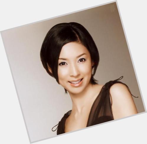 "<a href=""/hot-women/hitomi-kuroki/where-dating-news-photos"">Hitomi Kuroki</a>"