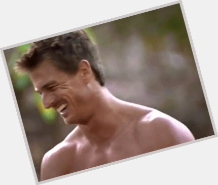 "<a href=""/hot-men/hunter-ellis/where-dating-news-photos"">Hunter Ellis</a> Athletic body,  light brown hair & hairstyles"