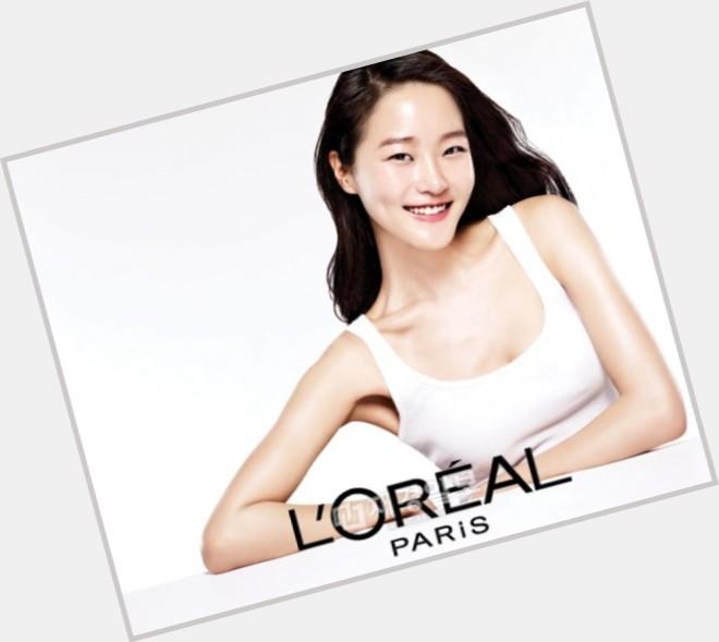 Hyoni Kang dating 2.jpg