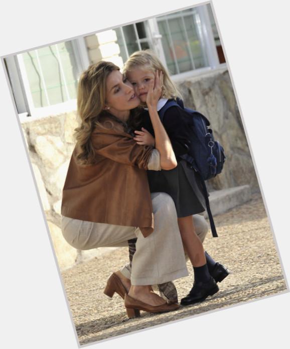 "<a href=""/hot-women/infanta-sofia-of-spain/where-dating-news-photos"">Infanta Sofia Of Spain</a> Slim body,  blonde hair & hairstyles"