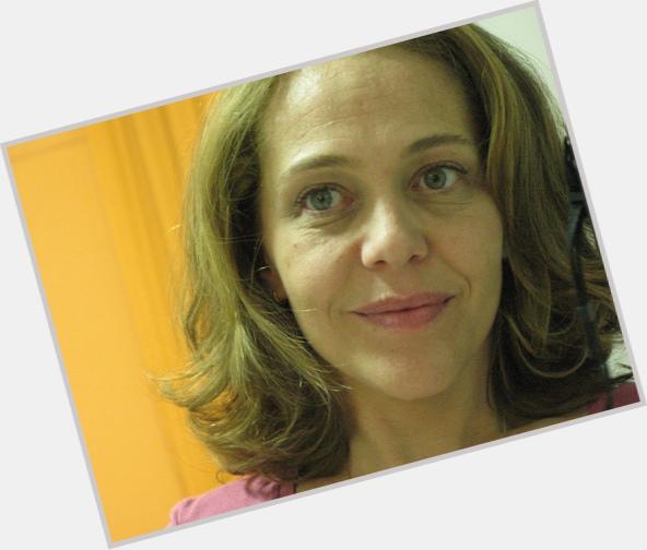 "<a href=""/hot-women/isabela-garcia/where-dating-news-photos"">Isabela Garcia</a>  dyed blonde hair & hairstyles"