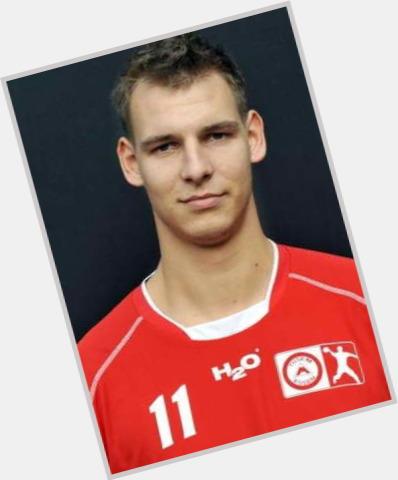 "<a href=""/hot-men/istvan-kovacs/where-dating-news-photos"">Istvan Kovacs</a> Athletic body,  light brown hair & hairstyles"