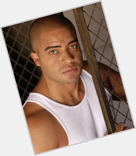 "<a href=""/hot-men/jack-guzman/where-dating-news-photos"">Jack Guzman</a> Athletic body,  dark brown hair & hairstyles"