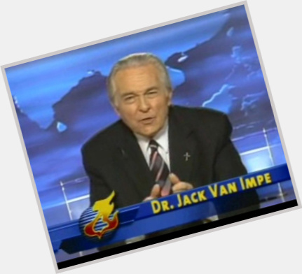 "<a href=""/hot-men/jack-van-impe/where-dating-news-photos"">Jack Van Impe</a> Average body,  grey hair & hairstyles"