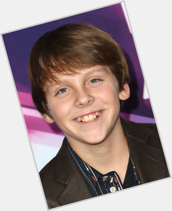 Jacob Bertrand sexy 0.jpg