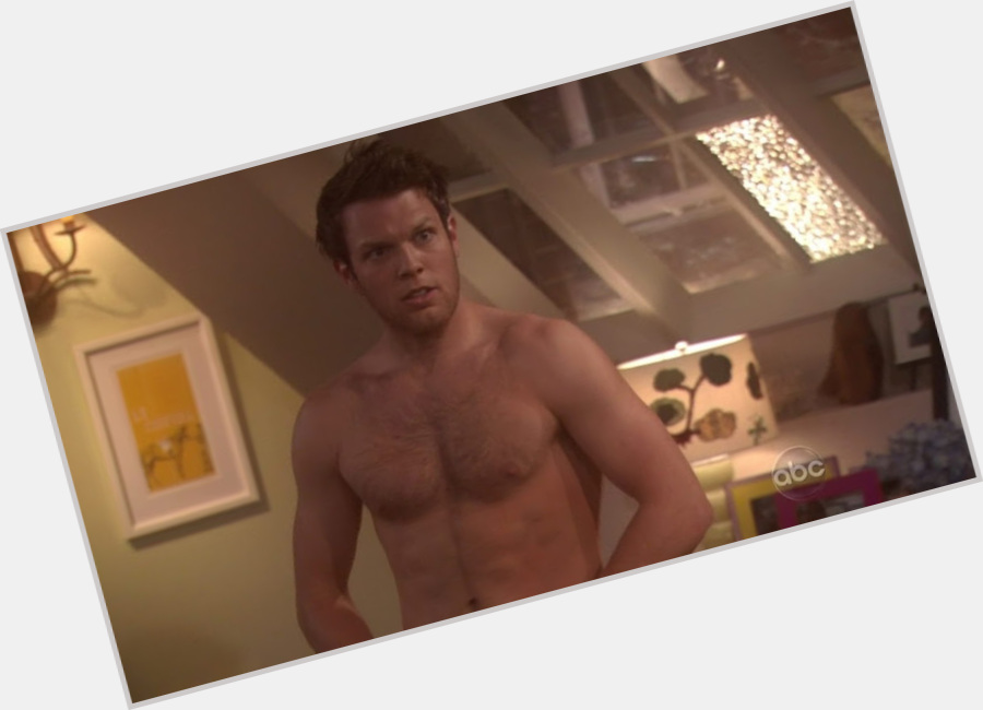 Jake Lacy hairstyle 3.jpg