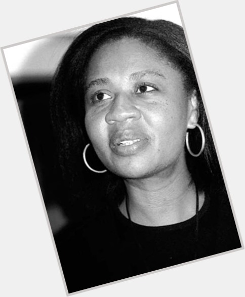 jamaica kincaid's main female protagonists their Kincaid, jamaica (1949 - ) jamaica kincaid was born in antigua in 1949, and at 16 moved to america, where she became an au pair after some schooling and work on publications such as ingenue and the village voice, she was hired at the new yorker.