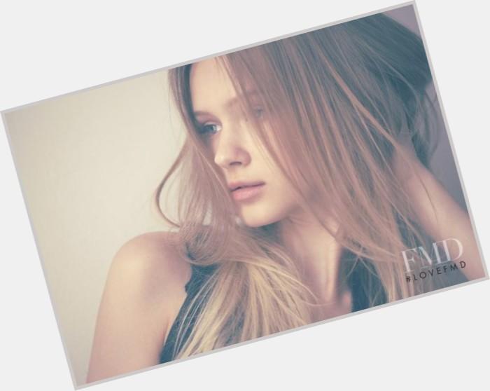 "<a href=""/hot-women/jana-kay/where-dating-news-photos"">Jana Kay</a> Slim body,  blonde hair & hairstyles"