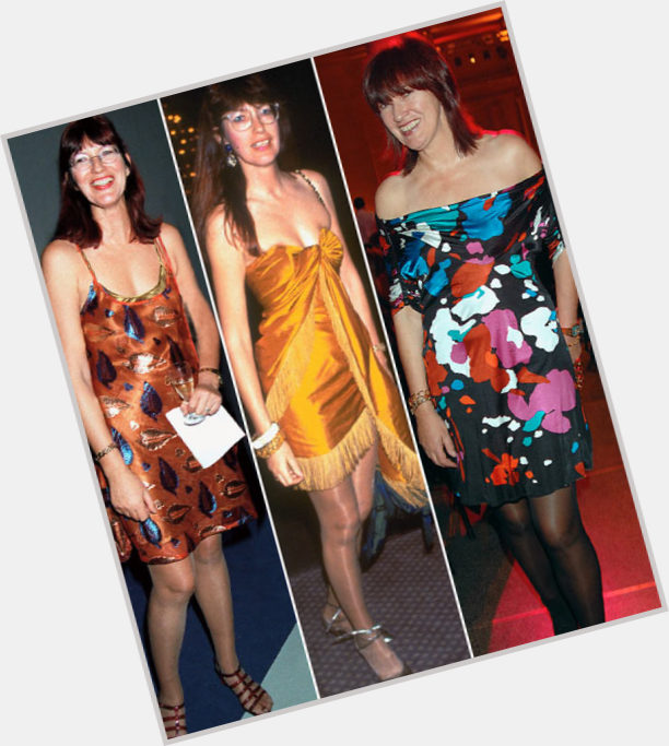 "<a href=""/hot-women/janet-street-porter/where-dating-news-photos"">Janet Street Porter</a> Average body,  dark brown hair & hairstyles"