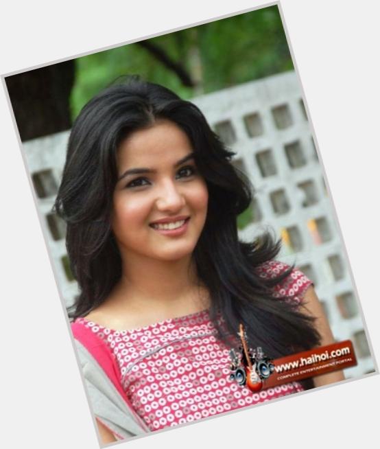 Jasmine Bhasin new pic 1.jpg