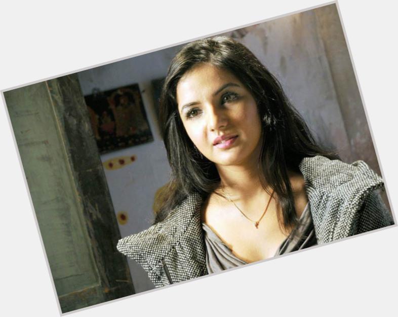 Jasmine Bhasin sexy 4.jpg