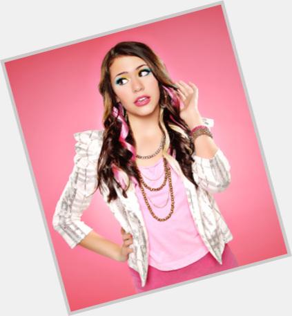 """<a href=""""/hot-women/jasmine-sagginario/where-dating-news-photos"""">Jasmine Sagginario</a> Slim body,  dark brown hair & hairstyles"""