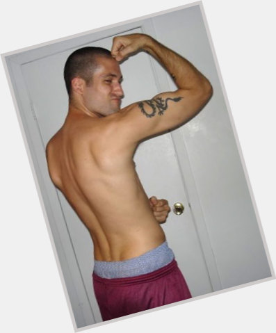 "<a href=""/hot-men/jason-hall/where-dating-news-photos"">Jason Hall</a> Average body,  dark brown hair & hairstyles"