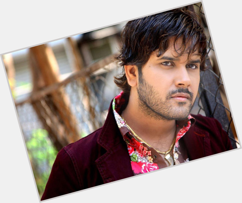 "<a href=""/hot-men/javed-ali/where-dating-news-photos"">Javed Ali</a> Slim body,  black hair & hairstyles"