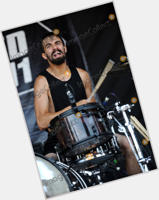Jay Weinberg light brown hair & hairstyles Athletic body,