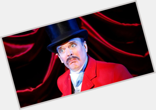 "<a href=""/hot-men/jefferson-mays/where-dating-news-photos"">Jefferson Mays</a> Average body,  light brown hair & hairstyles"