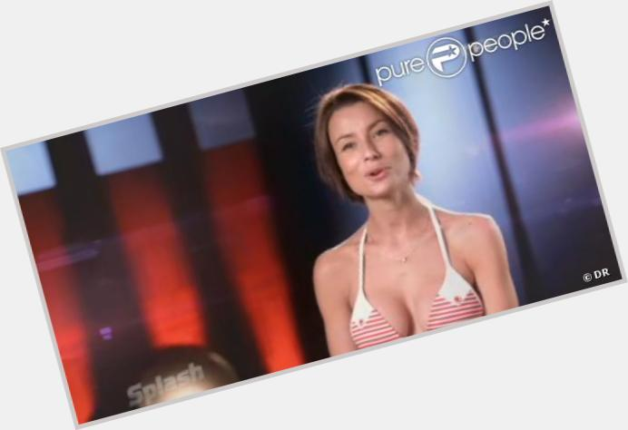 Jennifer Lauret full body 11.jpg
