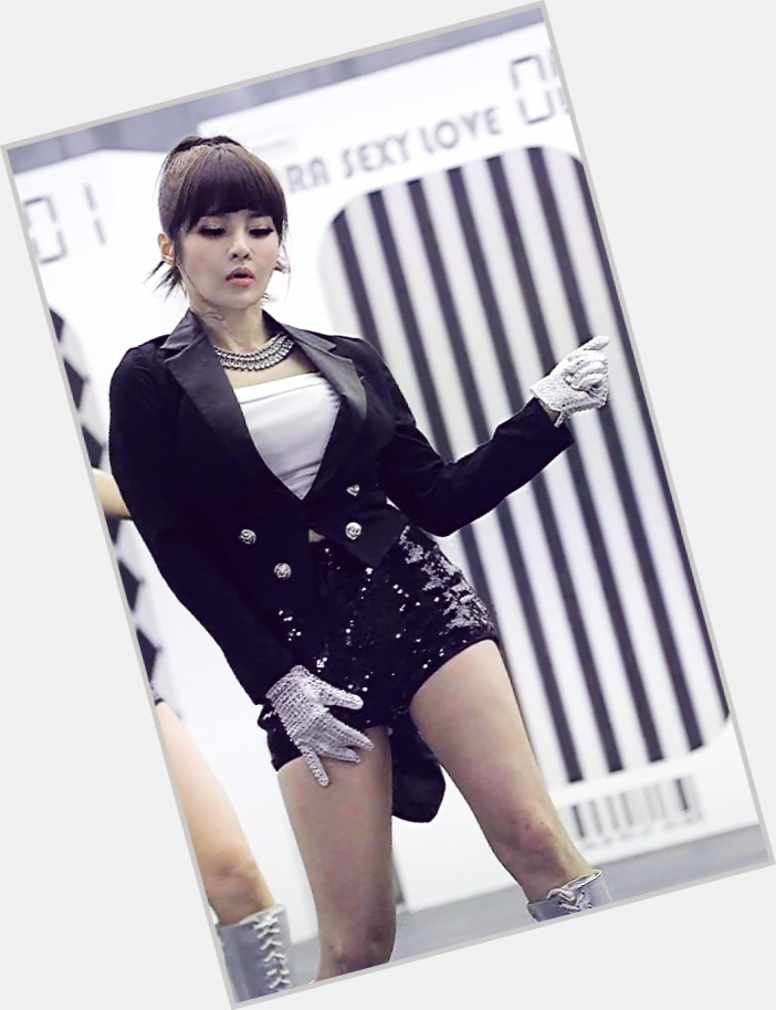 "<a href=""/hot-women/jeon-boram/is-she-it-today-lyrics-tall-mp3-download"">Jeon Boram</a>"