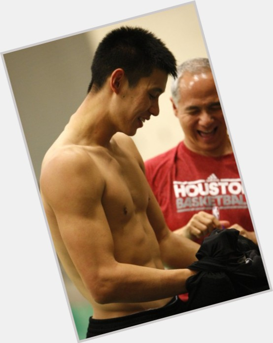 "<a href=""/hot-men/jeremy-lin/is-he-going-lakers-christian-good-yahoo-laker"">Jeremy Lin</a> Athletic body,  black hair & hairstyles"