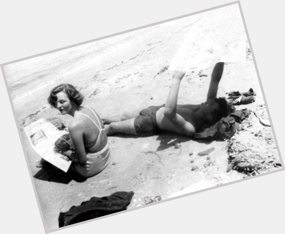 "<a href=""/hot-women/jessica-mitford/where-dating-news-photos"">Jessica Mitford</a> Average body,"