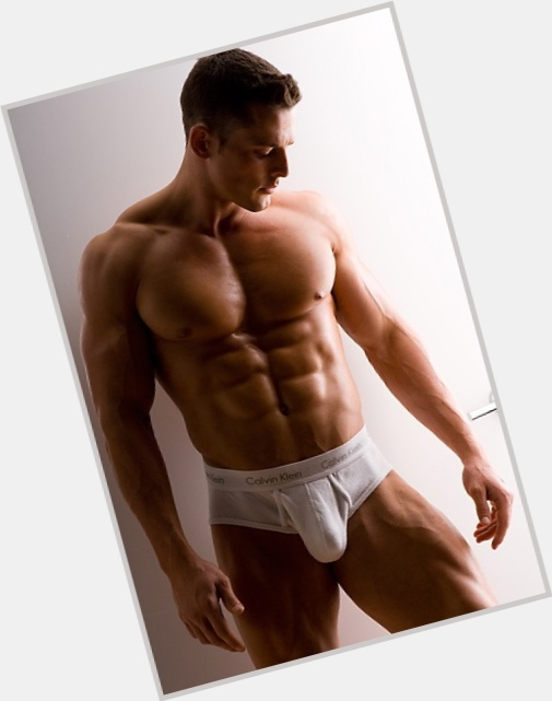 Jessie Godderz dating 2.jpg