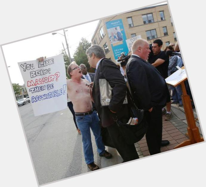 "<a href=""/hot-men/jim-flaherty/where-dating-news-photos"">Jim Flaherty</a> Average body,  dark brown hair & hairstyles"