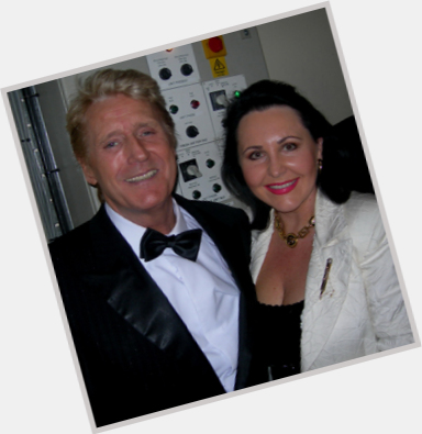 "<a href=""/hot-men/joe-longthorne/is-he-married-ill-dead-still-alive"">Joe Longthorne</a>"