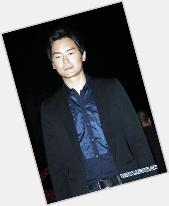 "<a href=""/hot-men/joe-zheng/is-he-bi-2014"">Joe Zheng</a> Average body,  black hair & hairstyles"
