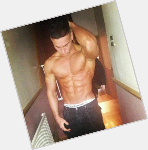 "<a href=""/hot-men/joel-corry/where-dating-news-photos"">Joel Corry</a>  light brown hair & hairstyles"