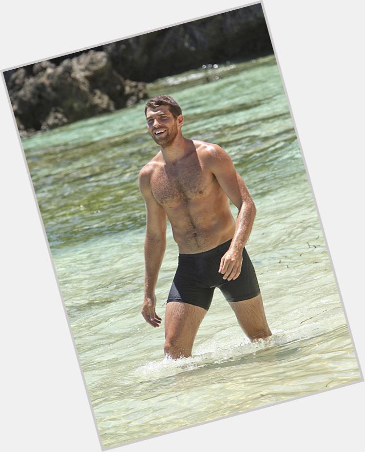 "<a href=""/hot-men/john-cody/where-dating-news-photos"">John Cody</a> Athletic body,  dark brown hair & hairstyles"