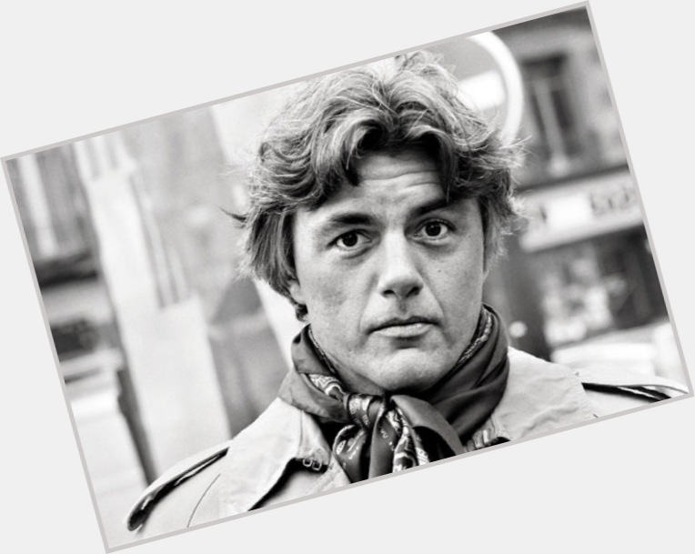 "<a href=""/hot-men/john-irving/where-dating-news-photos"">John Irving</a> Average body,  salt and pepper hair & hairstyles"