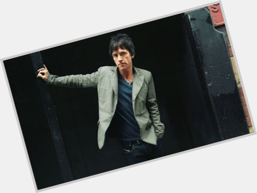 "<a href=""/hot-men/johnny-marr/is-he-touring-modest-mouse-married-vegan-city"">Johnny Marr</a> Average body,  dark brown hair & hairstyles"