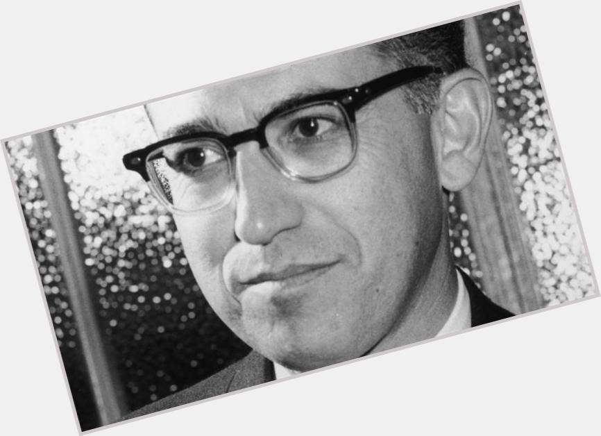 Jonas Salk hairstyle 4.jpg