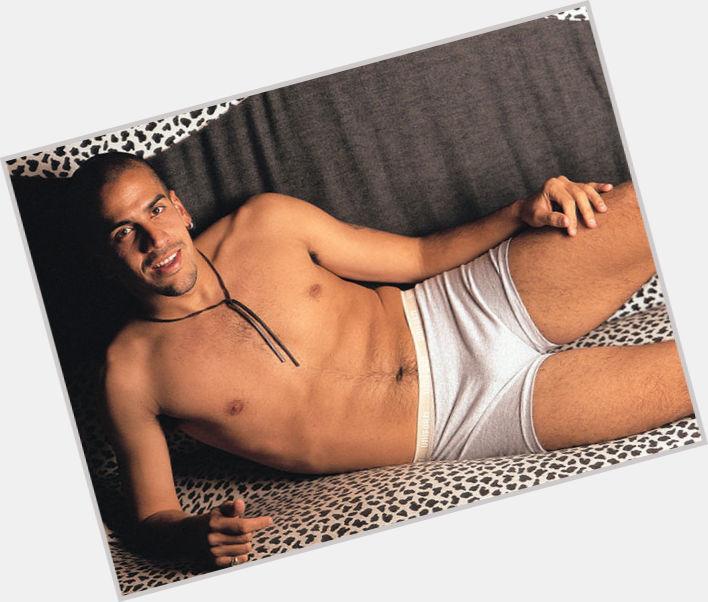"""<a href=""""/hot-men/juan-sebastian-veron/where-dating-news-photos"""">Juan Sebastian Veron</a> Athletic body,  bald hair & hairstyles"""