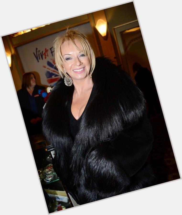 "<a href=""/hot-women/judy-craymer/where-dating-news-photos"">Judy Craymer</a> Slim body,  blonde hair & hairstyles"